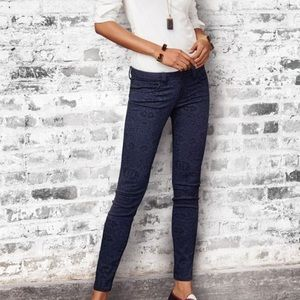 CAbi Lace Printed Curvy Skinny Jeans Size 6